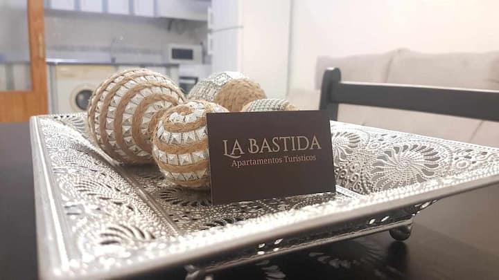Apartamentos Turísticos La Bastida