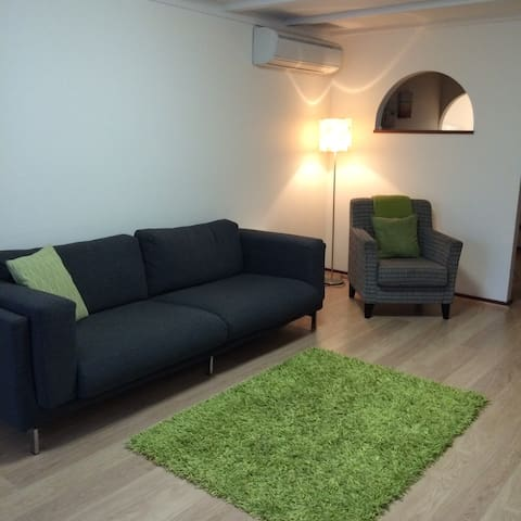 2 Bedroom Unit Centrally located - Bunbury - Departamento
