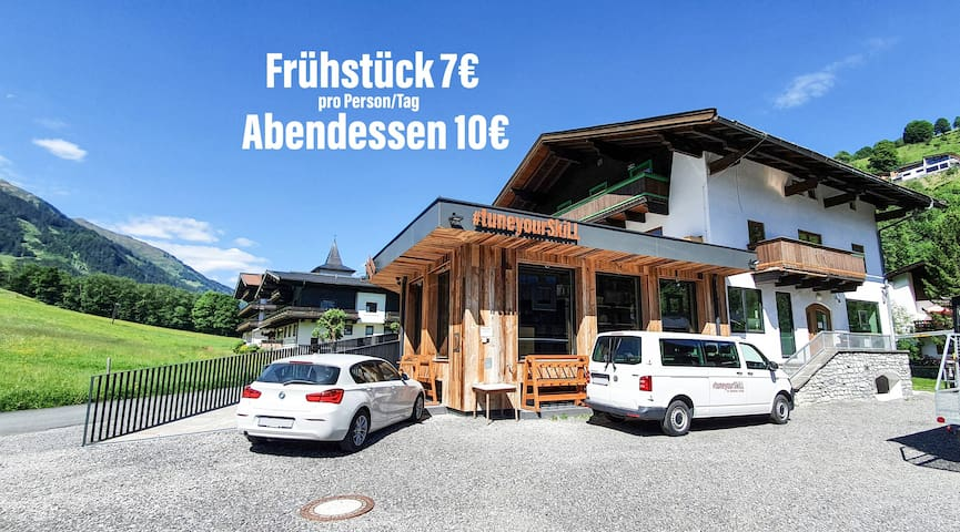 Hike & Bike Hostel Nr. 2 mit Jokercard in Saalbach