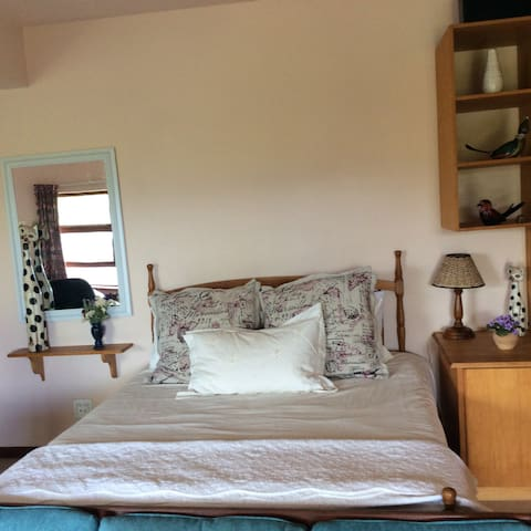Valley View-spacious well appointed apartment - Knysna - Apartment