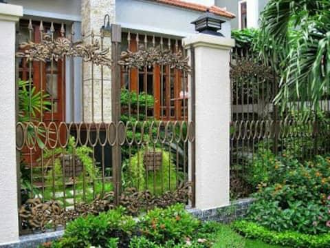 Little Beautyfull House with flower