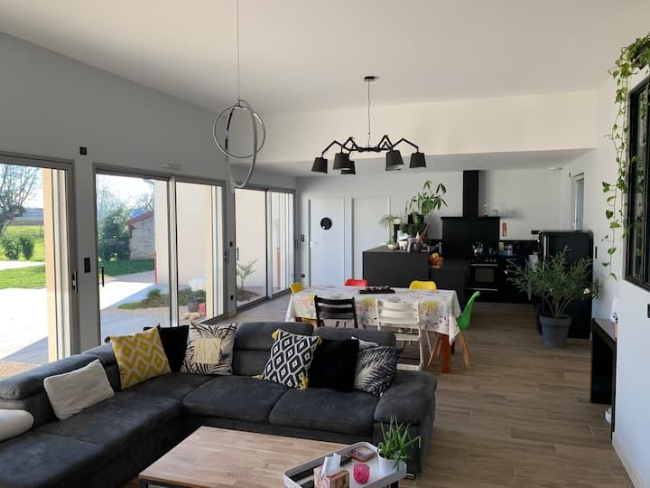Maison moderne familiale