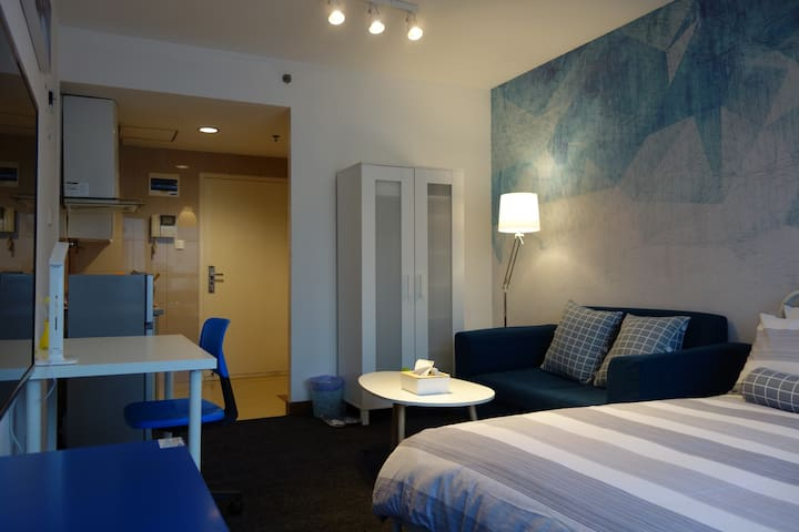 New and comfortable 1 bed 1 bath Shanghai city