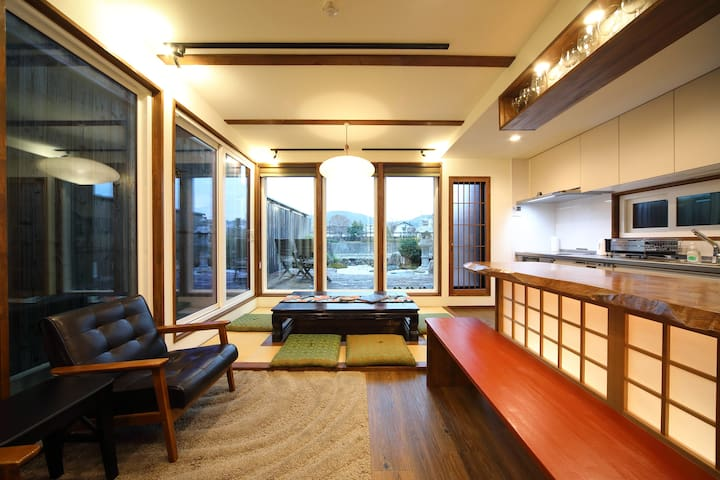 Great location with  River view! - Junn Ya -