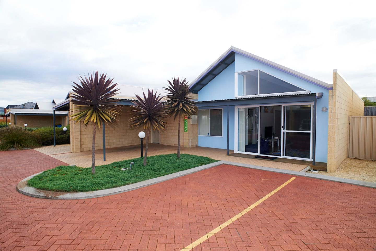 Villa 15 with private carport and public parking bays right out the front. Plenty of room for everyone.