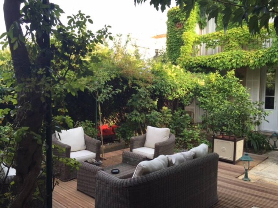 Jardin - espace commun avec la maison