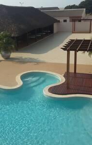 YALENDA BED & BREAKFAST - Luanda - Bed & Breakfast