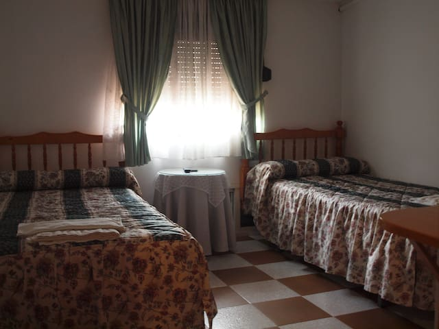 Habitación con vistas WC compartido - Garganta la Olla