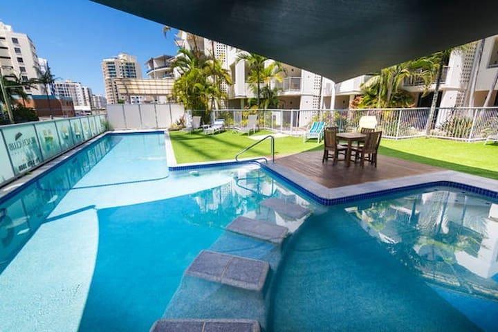 Beach Club Mooloolaba - Small Family Apartment - Mooloolaba - Daire