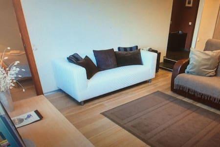 Comfy  Home - Damme - Huoneisto