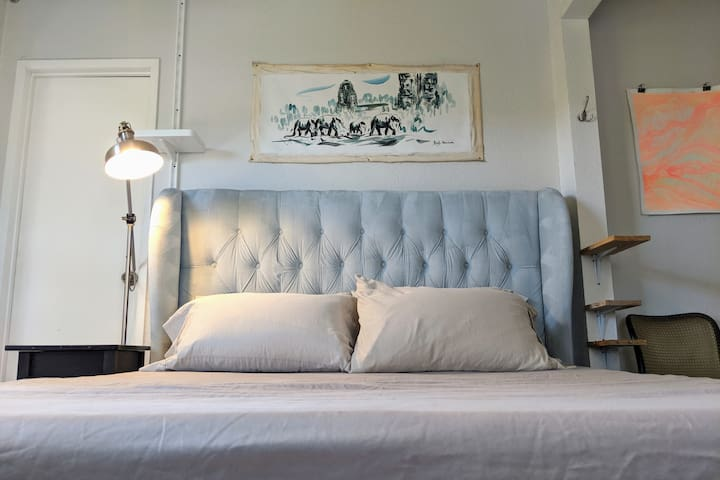 Silver Lake Master Suite–we might not see you!