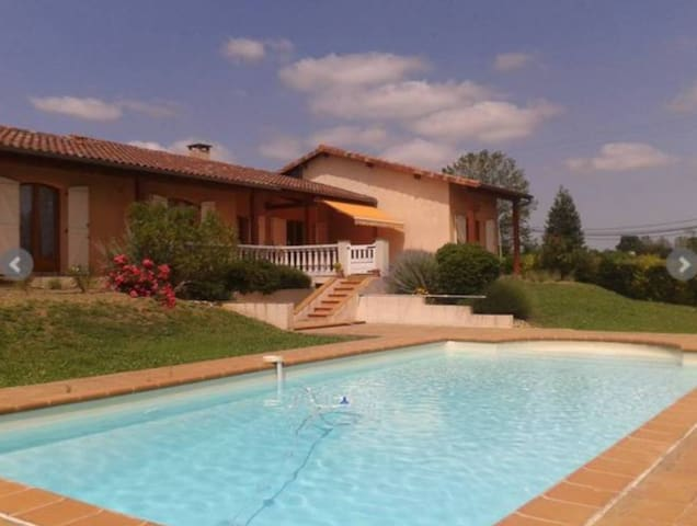 Luxurious Maison in Midi-Pyrenees - Saint-Ybars
