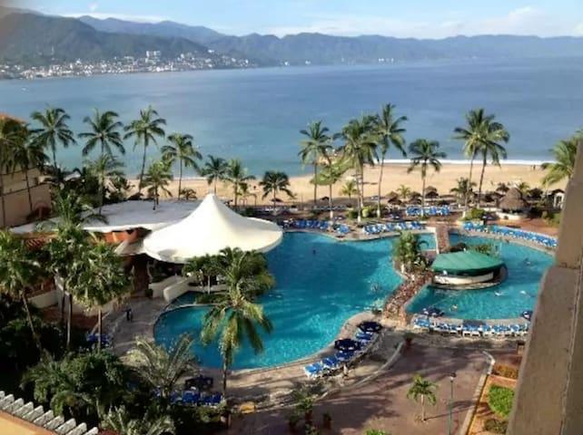 Beachfront Resort Access - All Inclusive Options