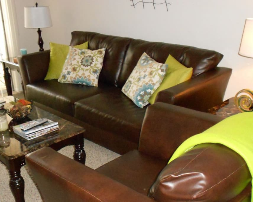 Espresso Leather Sofa with Coffee End Package