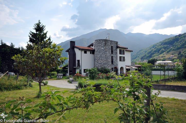 Agriturismo Ca' del Lago - Gravedona ed Uniti - ที่พักพร้อมอาหารเช้า
