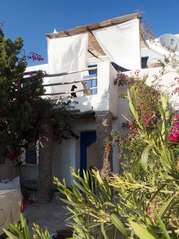 Maison à 100m de la plage à Moulay Bouzerktoune