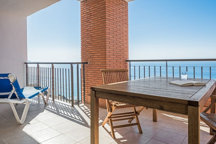 Luxury 2 bedroom apartment with sea views - Torrox - Daire
