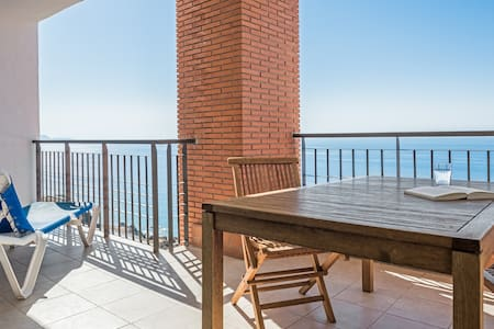 Luxury 2 bedroom apartment with sea views - Torrox - Pis