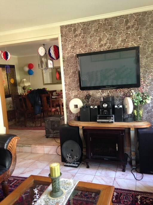 Sala para ver TV o escuchar música.