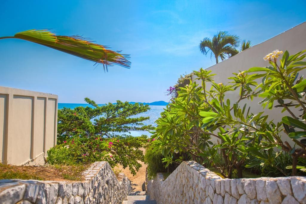 your private beach access with electronic card