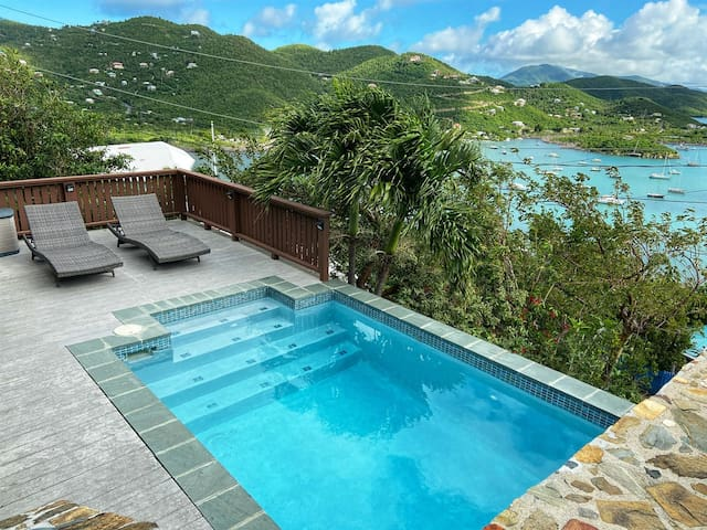 Into the Mystic Lower Suite with POOL and VIEWS!