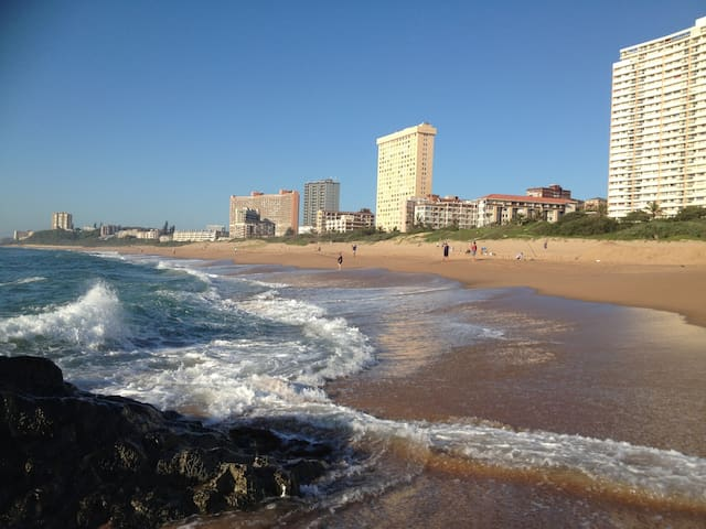 Seaview Apartment Amanzimtoti (Self-Catering)