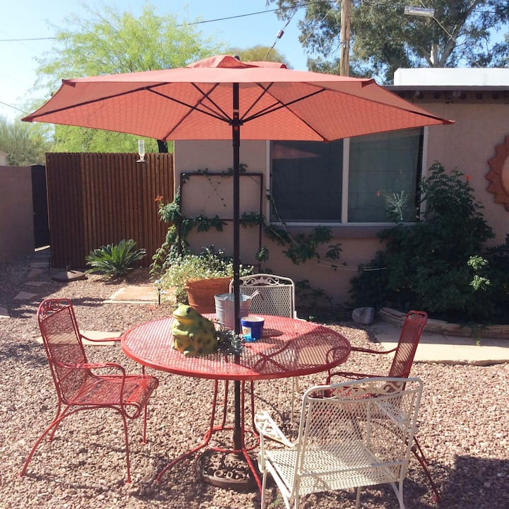 CENTRALLY LOCATED  GUEST HOUSE