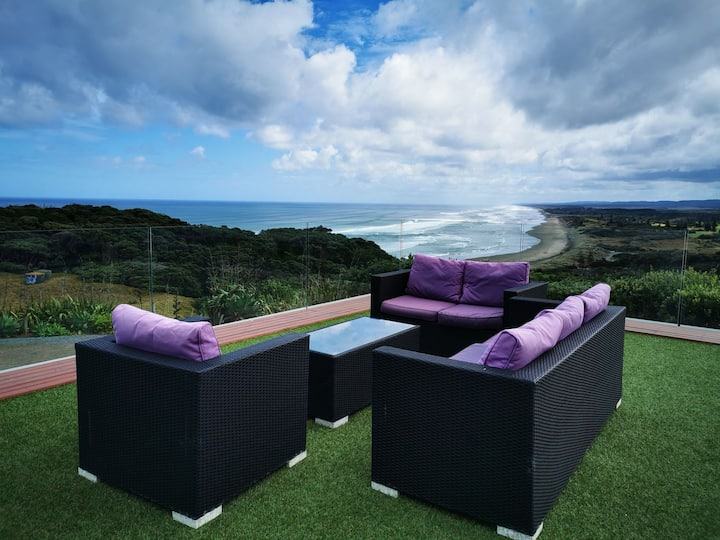 Oceanview in Magical Muriwai