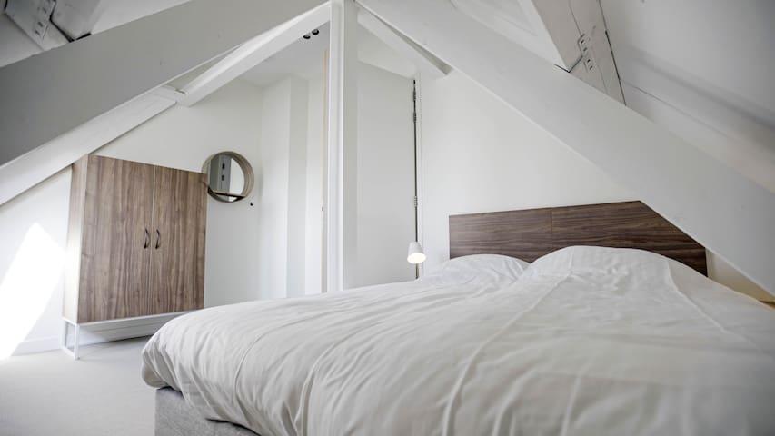 3e slaapkamer op de 2e verdieping
