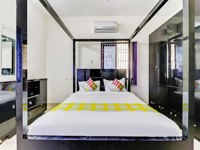 OYO-Elegant 1BR Stay near Cheatiyar Bus Stop (1.5 km)