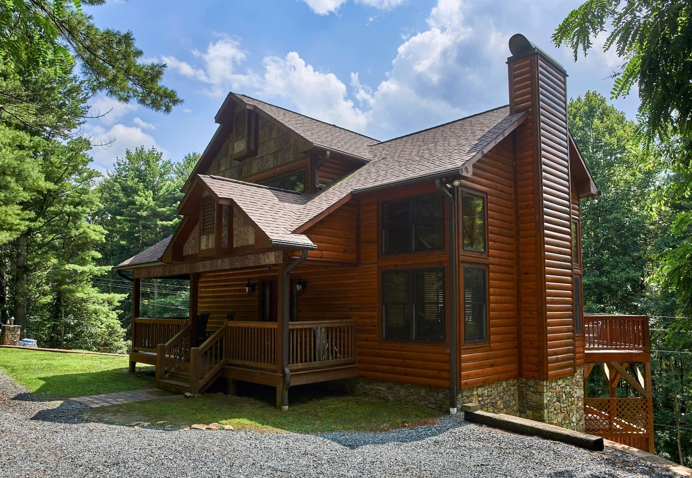nc carolina tub cabins rooms near in secluded united hot rent for log hiking purlear states north boone cabin