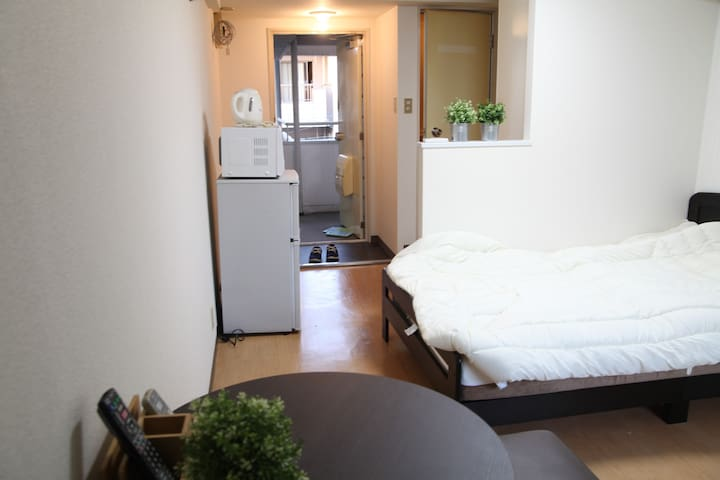 5 min walk Nakasu Subway station Free Pocket Wifi