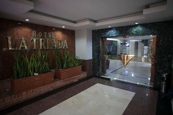 HOTEL LA TRIADA BUCARAMANGA
