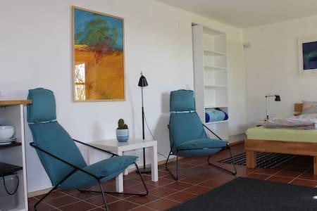 Gemütliche Wohnung mit Terrasse - Tettnang