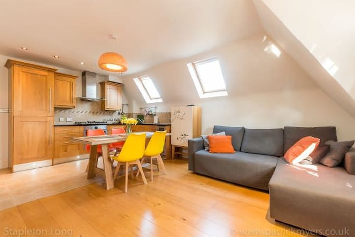 Lovely & spacious family friendly flat