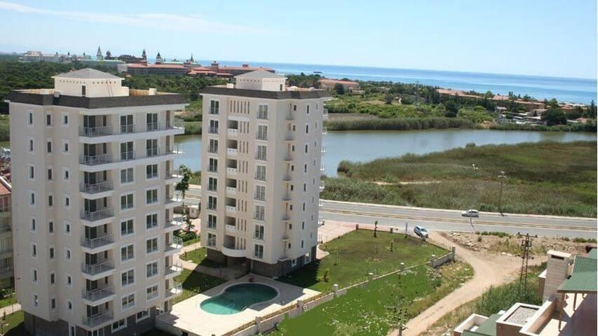 Deniz Orman Göl - Antalya - Maison de ville