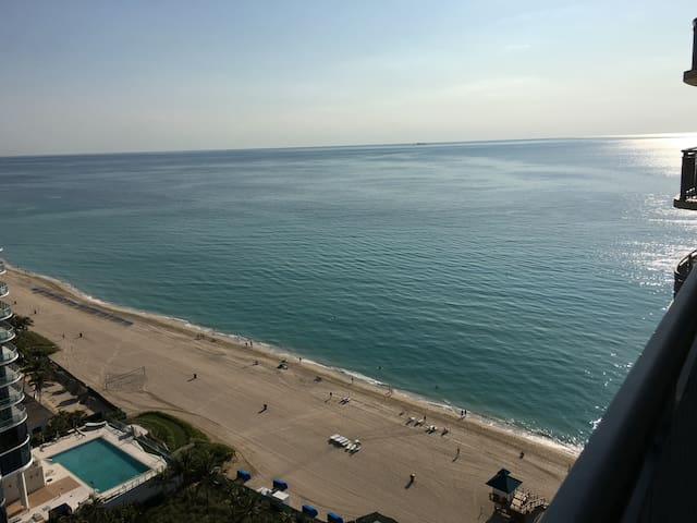 Special! Studio in OceanfrontHotel May&June $90p/n - Sunny Isles Beach - Wohnung