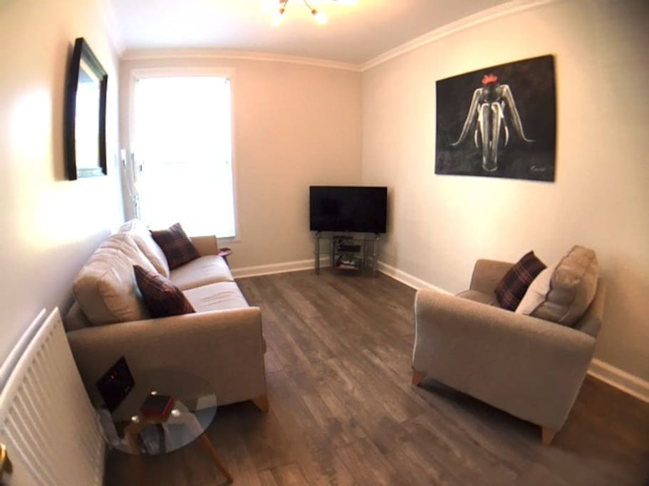 Bright Apartment With Free Parking Apartments For Rent In Edinburgh Scotland United Kingdom