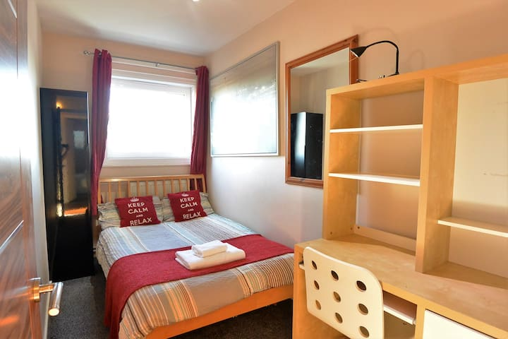 Central London City Double Room - Walk Everywhere! - London - Apartment