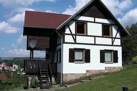Idylisches Ferienhaus in Niederschlesien - Duszniki-Zdrój - 独立屋