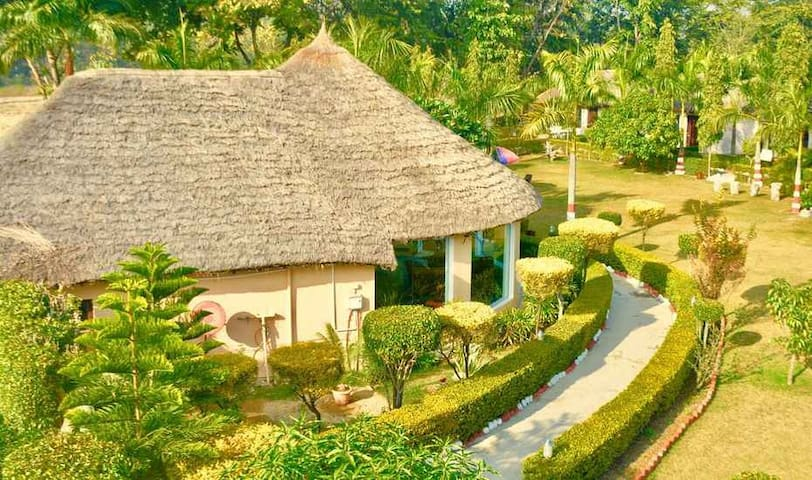 Luxury Cottage with Private Pool , Jim Corbett