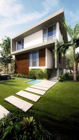 Miami Beach Luxury Home