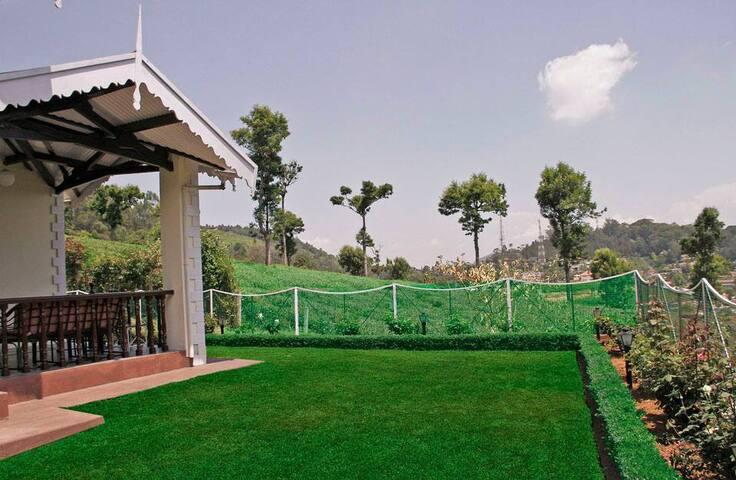 Bungloguru - Lovely 4BHK Coonoor Stay - Coonoor - Rumah