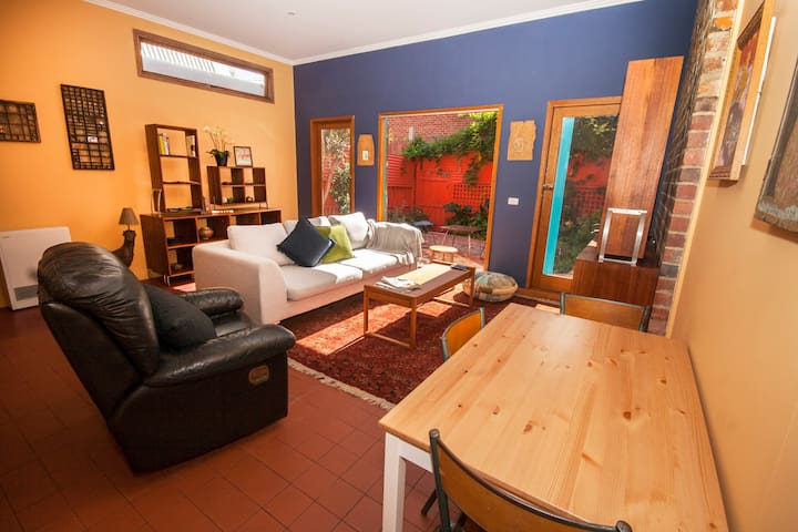 Hip Retreat in the Heart of Fitzroy