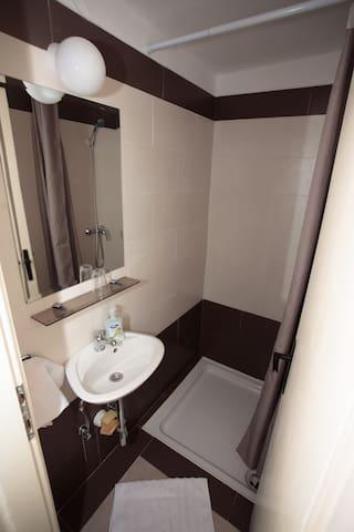 Single bedroom - Novi Vinodolski - Huis