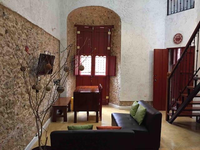 Agradable loft en casa antigua restaurada