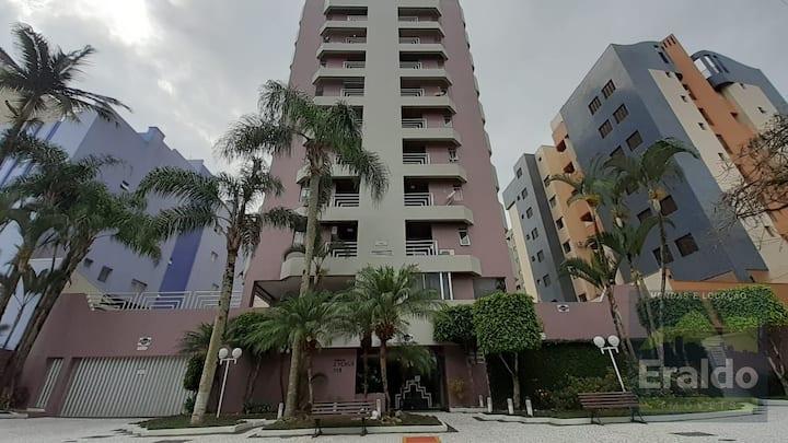 Apartamento clean na melhor região de Caiobá