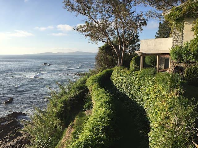 Casa jardín orilla del mar frente a las Islas Cíes - Vigo - Haus