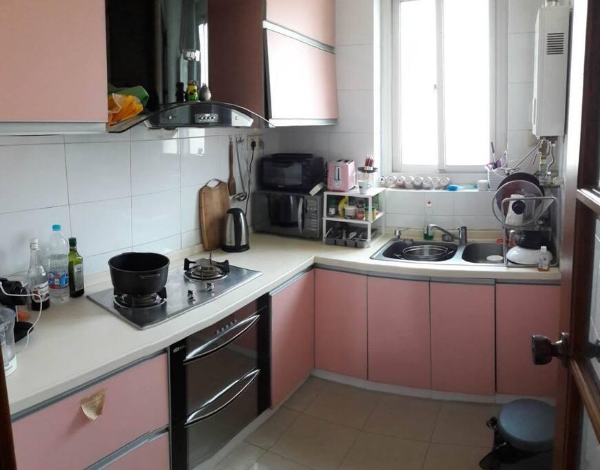 厨房 the kitchen