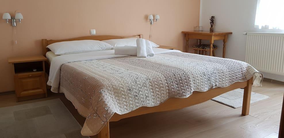 House Kajfes, Comfortable double room with balcony
